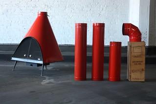 En Fuego Midcentury Modern Majestic Regency Free Standing Wood/Gas Mandarin Red Cone Fireplace (U.S.A. 1960s)