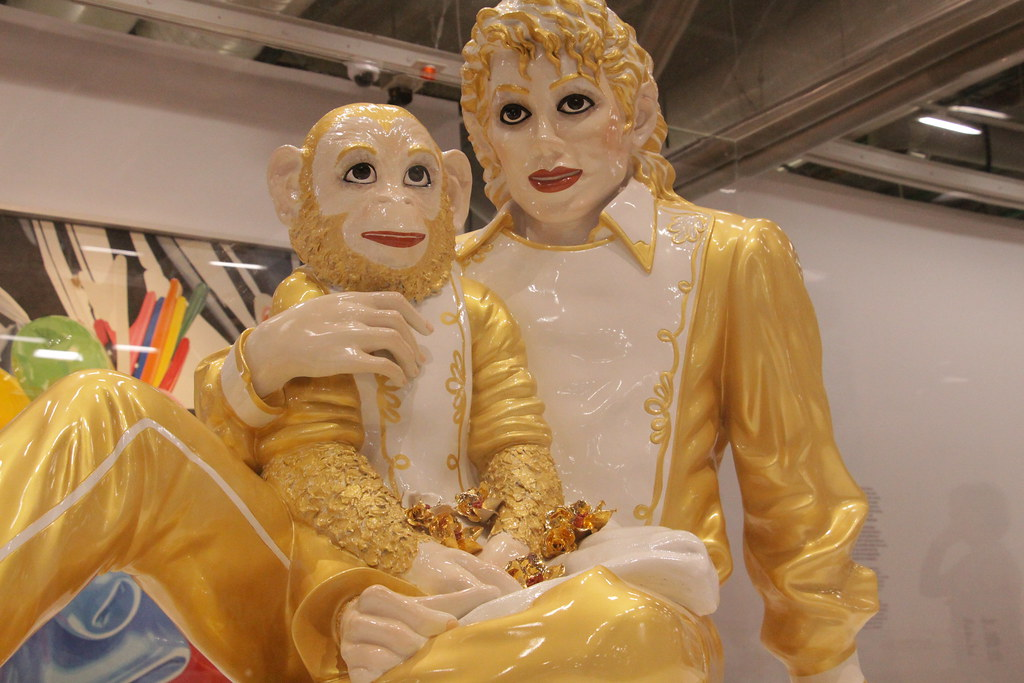 Michael Jackson and Bubbles, Porcelain, 1988, Jeff Koons