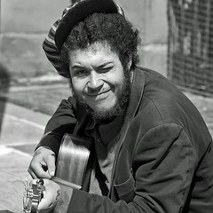 Smiling busker, Canterbury