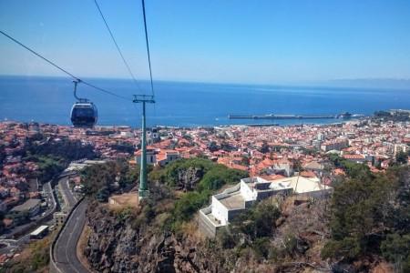 Lyžař u moře: lanovkami i na saních po Madeiře (1. díl)