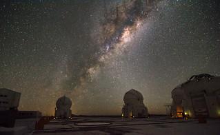 Galactic center from the VLT platform at Cerro Paranal