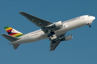 Z-WPF Air Zimbabwe Boeing 767-200ER Gatwick