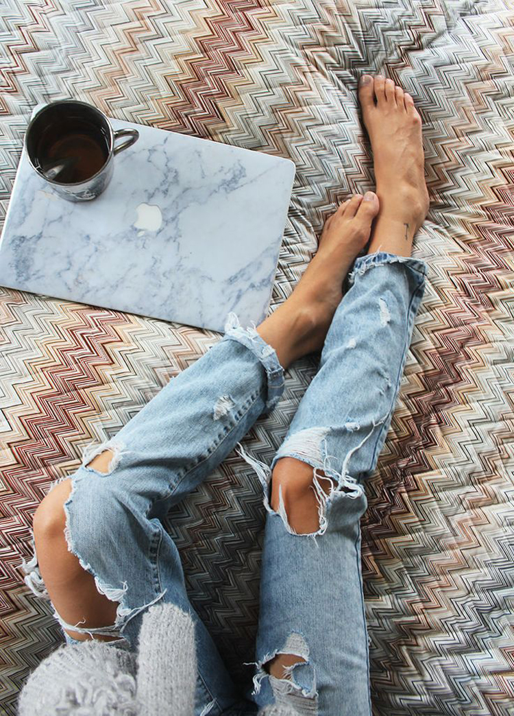 RIPPED JEANS_07 (2)