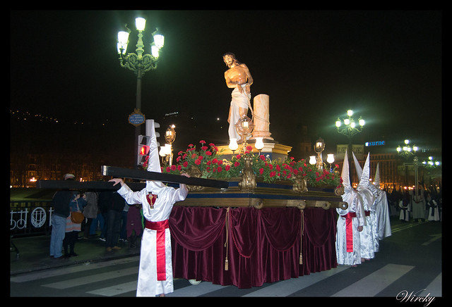 Paso Jesús atado a la columna