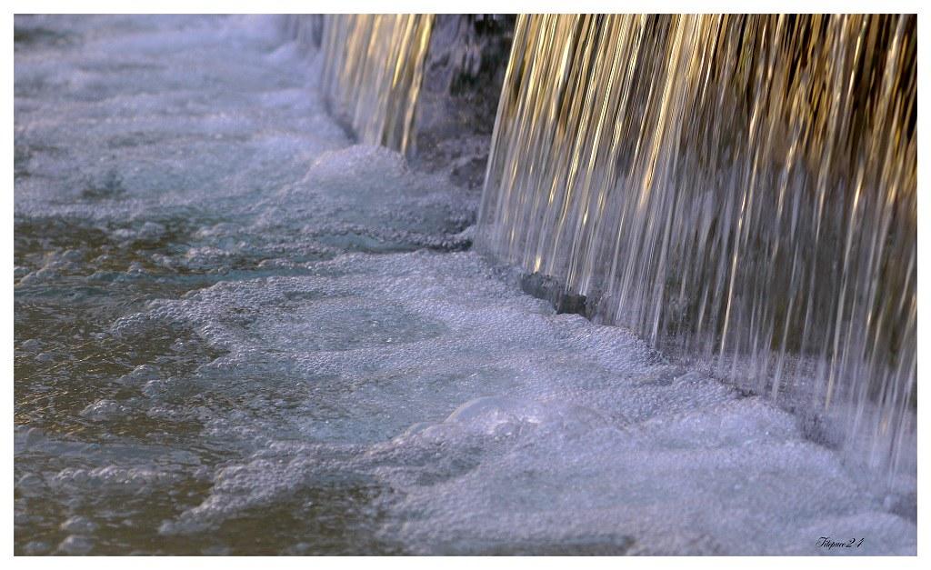 La cascade dorée 16768380289_ae042e0035_b