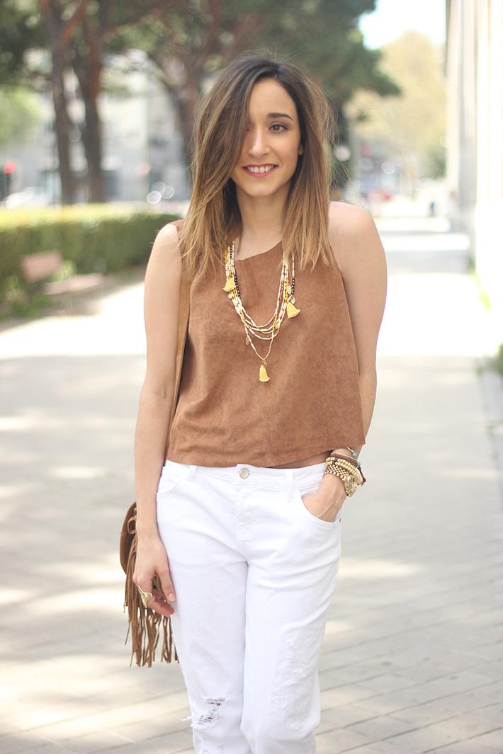 suede top suiteblanco white boyfriend jeans zara fringed purse dayaday 15