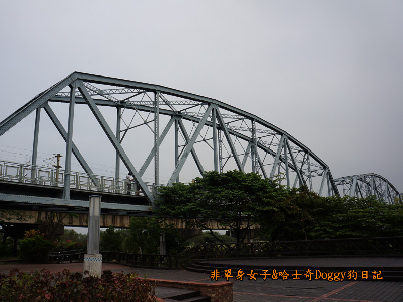 高雄九曲堂大樹舊鐵橋天空步道鳳梨罐詰工場18