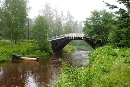 bridge fog finland river boat solitude foggy serene kokkola walkingbridge oldwoodenbridge