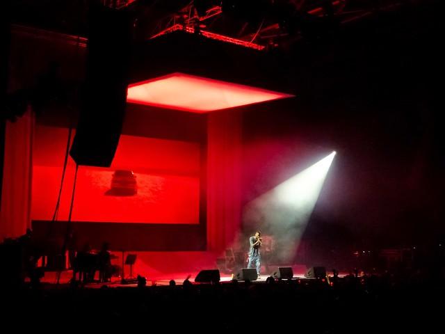 Frank Ocean - California Live (You're Not Dead… 2013) - Zénith, Paris (2013)
