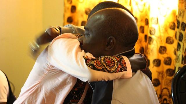 Bambaly accueilli par son père-BorderMaker