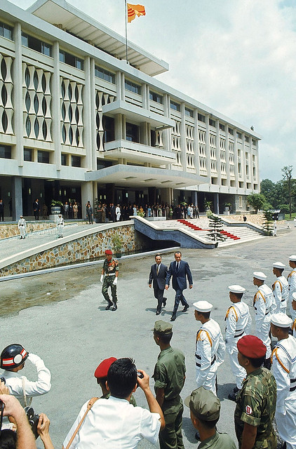 Nixon in Saigon - Photo by Arthur Schatz - July 30, 1969