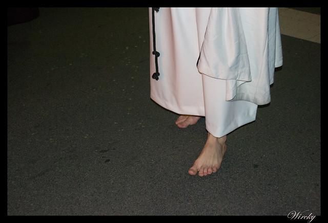 Pies de un nazareno