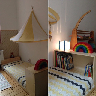 Floorbed with a Bookcase