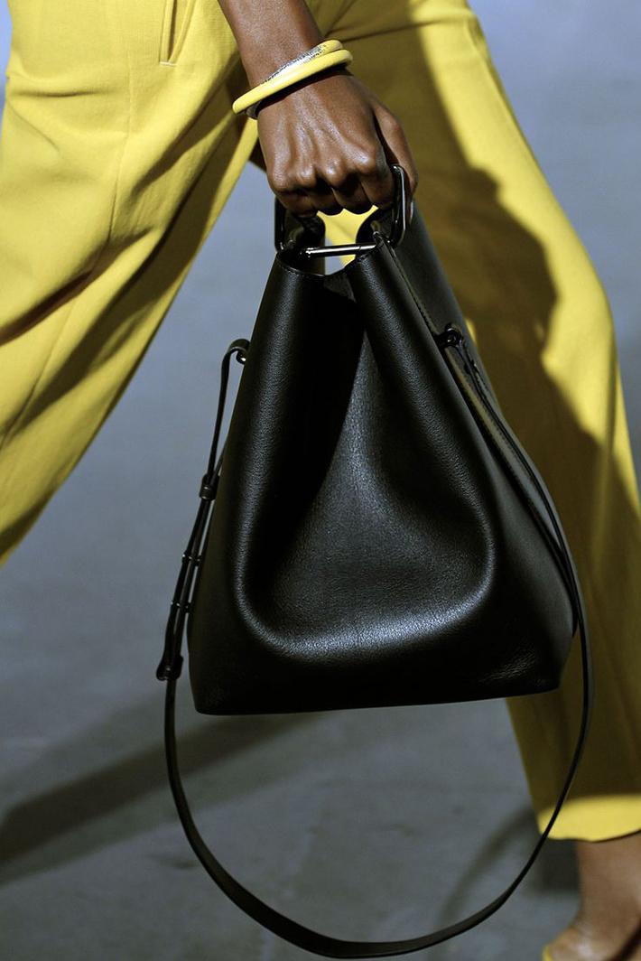 Bucket Bag04