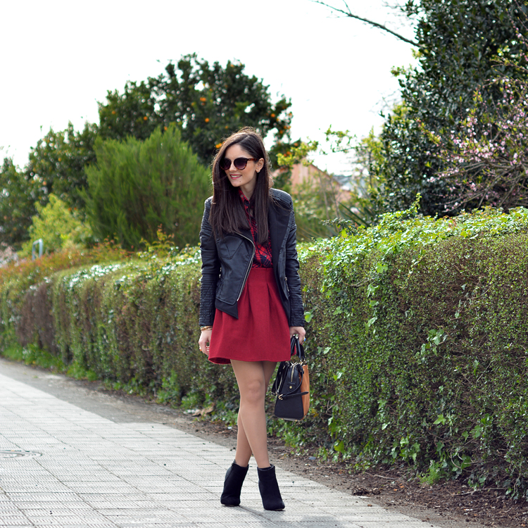 zara_ootd_outfit_falda roja_botines_sheinside_plaid_04