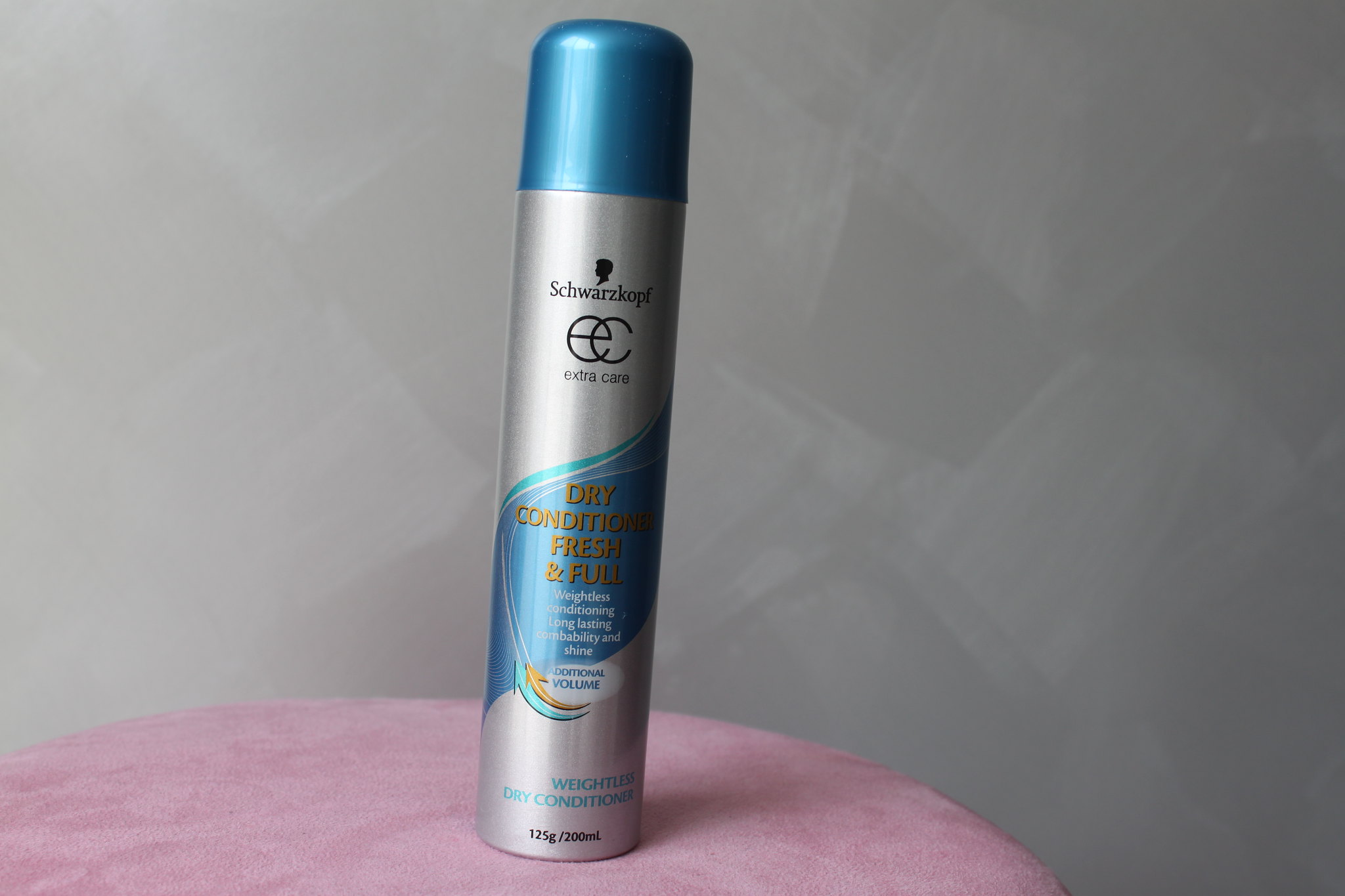Schwarzkopf hair australian beauty review ausbeautyreview extra care dry conditioner fresh hair oil mist smooth shine argandaily weightless finish shampoo restyle healthyblogger blog priceline volume (4)