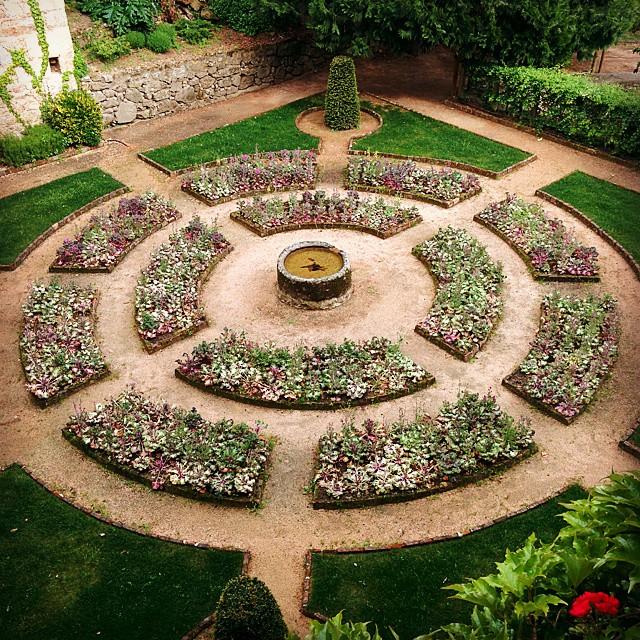 Jardines y geometr a arte y naturaleza matemolivares for Jardin geometrico