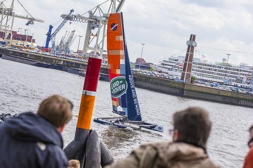 2015-05-08 Land Rover Extreme Sailings Series - Hamburg Port Anniversary (_MG_7384)