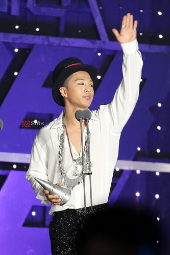 SBS-GayoDaejun-YB-HQs-20141221_006