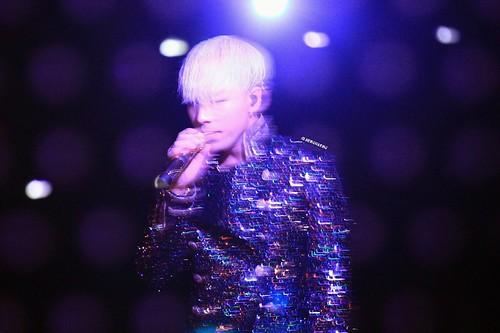 YB-Mama2014-HQs-byJongaBong-weibo_005
