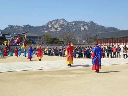 Co-Seoul-Palais-Gyeongbokgung-gardes (26)