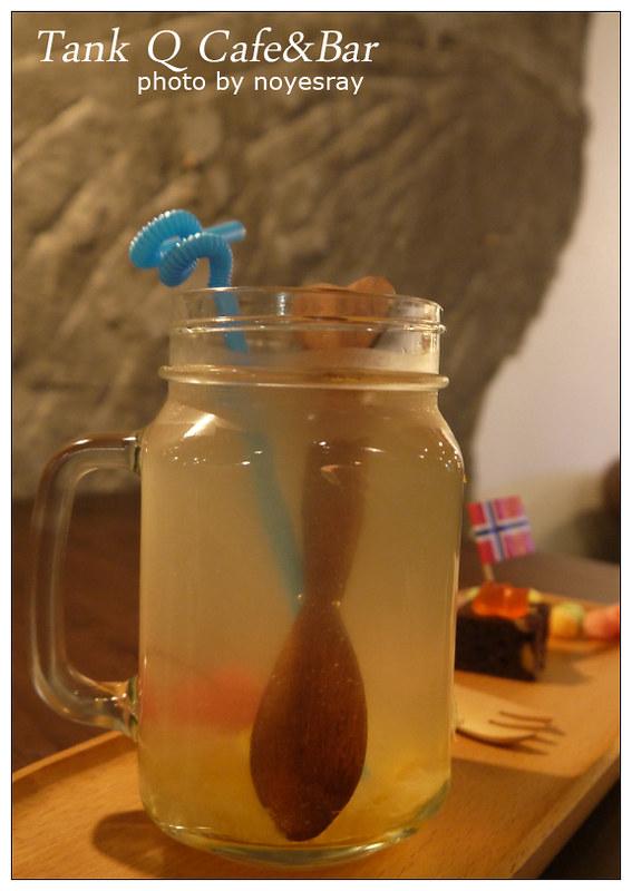 Tank Q Cafe&Bar 16