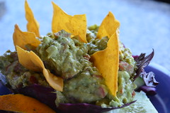 vegetarian food, dip, food, dish, guacamole, cuisine,