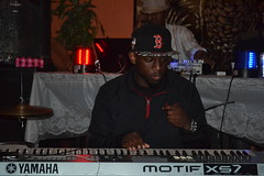 011 Keyboard Player