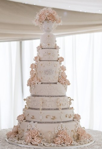 8 Tier Wedding Cakes Grimsby Lincolnshire This Huge