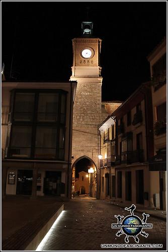 Puerta de la Villa, Torre del Reloj, Almazán, Soria. España.
