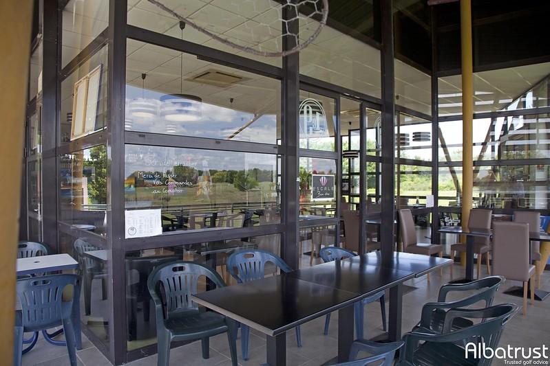 photo du golf UGOLF Bourges - Bar - Restaurant