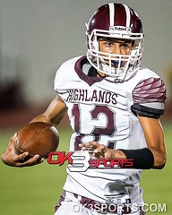 Highlands' Joseph Palafos (12) gained some yardage on the play. OK3Sports coverage from the Lanier Voks and Highlands Owls football game played in San Antonio, TX. on Thursday, September 15, 2016. Voks defeated the owls 33-21. #ok3sports #football #nikonp