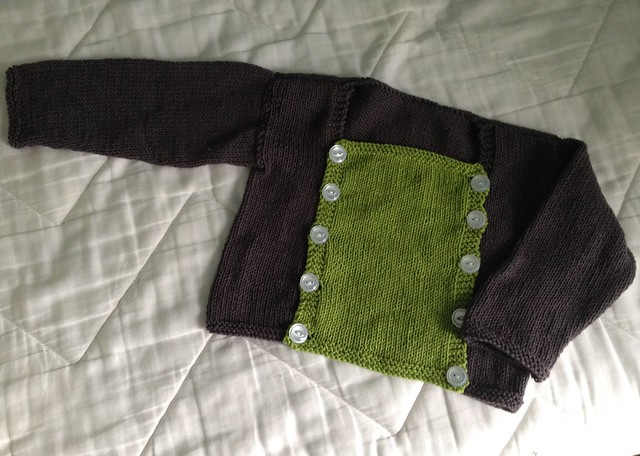 Pullover w button front because spring