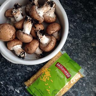 mushroom risoniotto