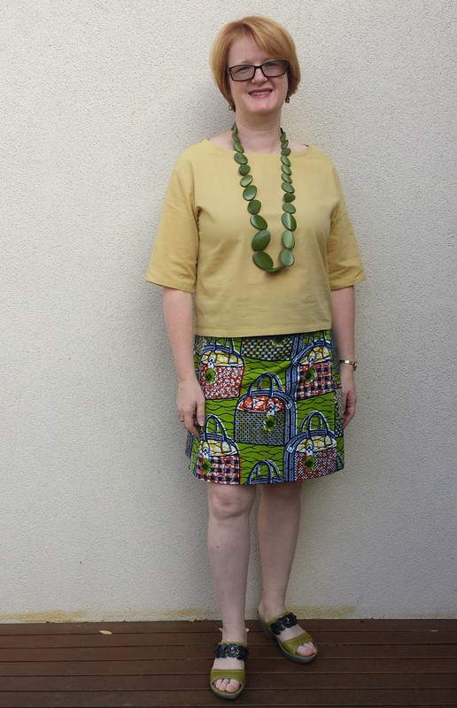 Simplicity 1366 top in size 12