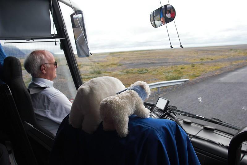 Lars et Tyfus en bus sur la N1