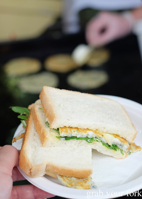 West Coast whitebait fritter sandwich by Logan Brown at the Cuba Dupa Festival 2015, Wellington