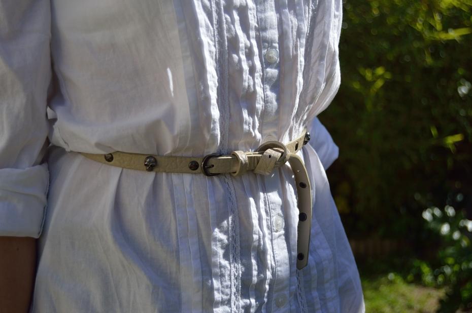 lara-vazquez-mad-lula-style-belt-details-make-the-difference