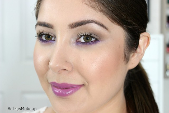 neutral-spring-makeup-with-a-pop