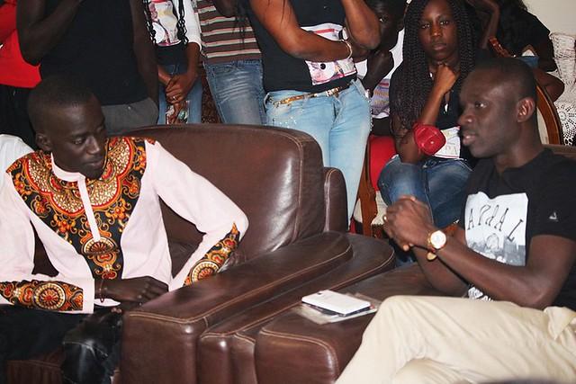 Bambaly reçoit les conseils de Pape Diouf-BorderMaker