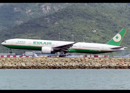 B77W - Boeing 777-35E(ER)