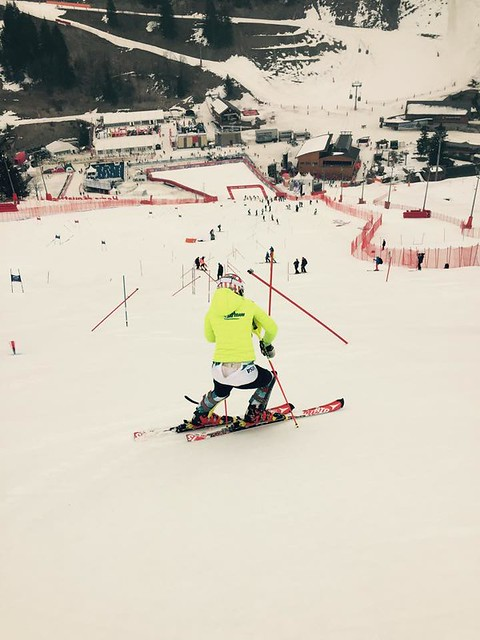 Michaela Shiffrin inspects course in Meribel