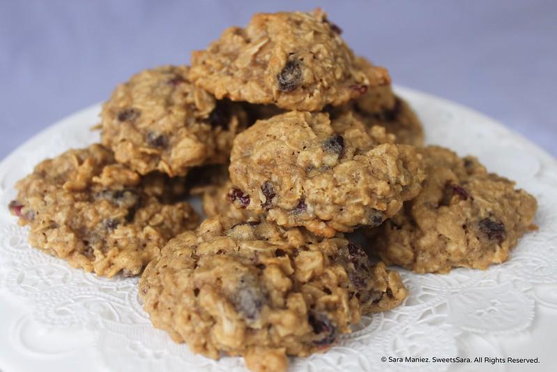 Oatmeal Raisin Cranberry Cookies-IMG_5499