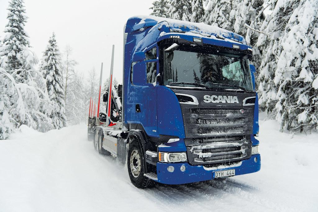 scania R 520 8x4*4