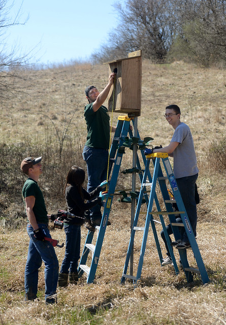 Students Volunteer at Jubilee Farms