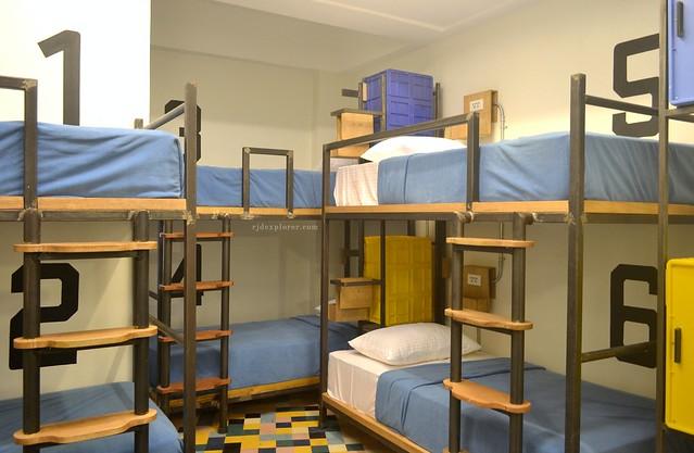 manila hostels junction hostel makati
