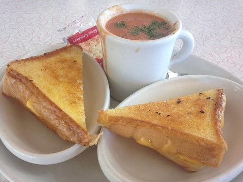 Pals Diner Grilled Cheese Tomato Soup Food Grand Rapids
