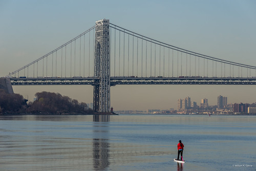 newyork water unitedstates georgewashingtonbridge littleredlighthouse standuppaddleboarding henryhudsonriver
