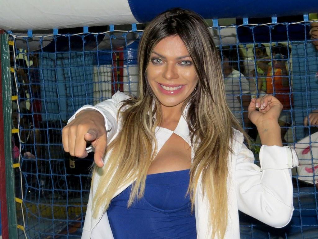 Daniela Cicarelli Nude Photos 28