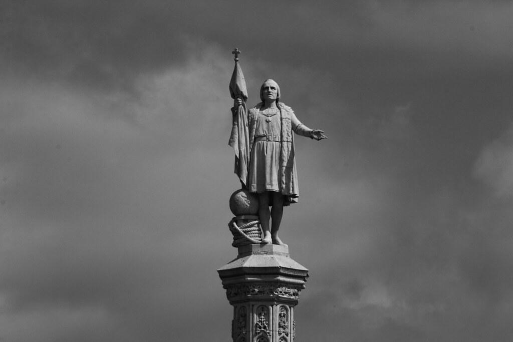 Resultado de imagen de estatua de Colon en Madrid